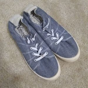 Shoes - Slip-on sneakers